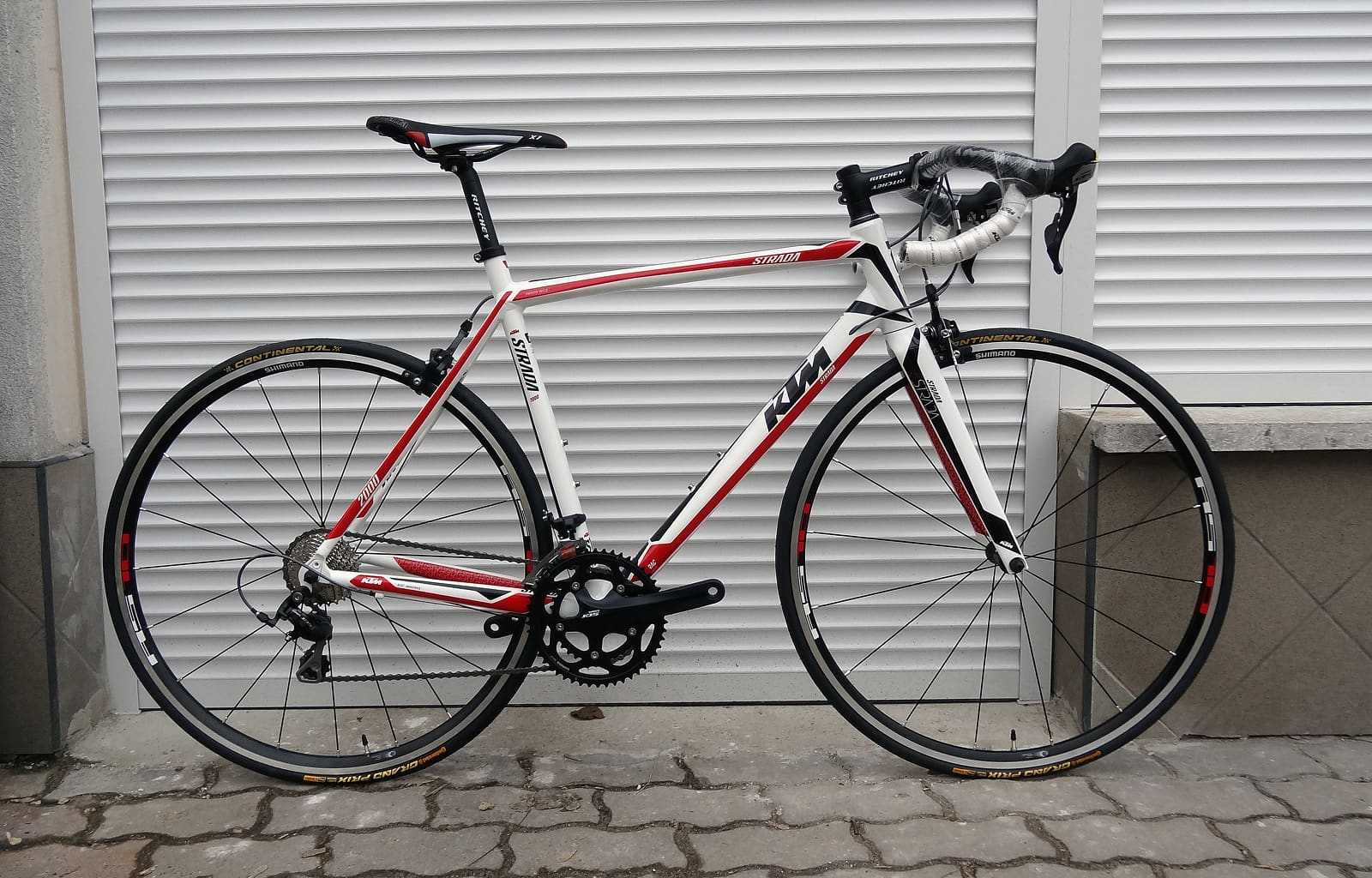 KTM Strada 2000